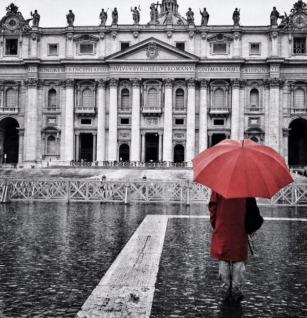 Monochrome Vatican Monoart_ampt