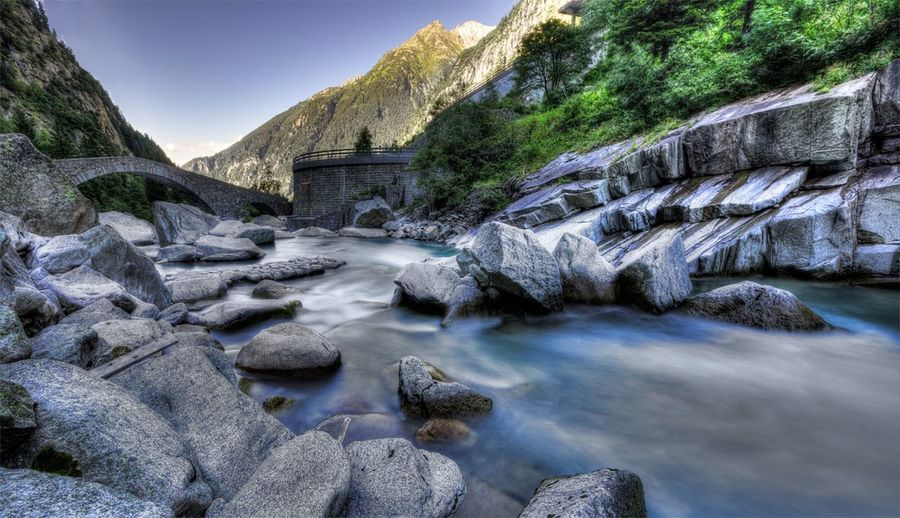 Andermattswissalps Andermatt  Fluss River Brücke Bridge Mountains Berge Stones Steine Coldwater Reuss Stonebridge Steinbrück Switzerland