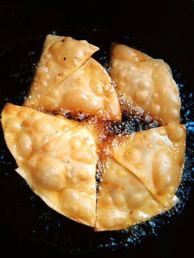 43 Golden Moments Food <3 Samosa pakistanifood