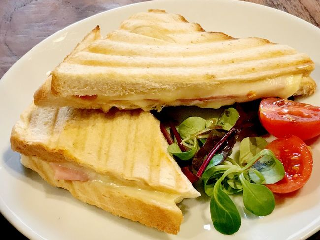 Toast with cheese and ham Close Up Nobody Toastie Cheese And Ham Toastie Ham Sandwich Cheese Sandwiches Cheese Bread Toast Food Food And Drink Plate Ready-to-eat Freshness Healthy Eating Still Life Sandwich Close-up No People Bread Vegetable Breakfast