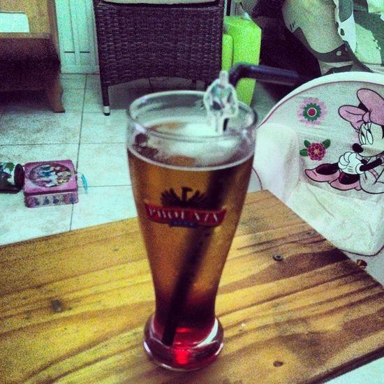 Hum ... Trop bon ! Allée une dernière pour finir le week-end tranquillement ! Big up mon band ! Bière Monaco Beer Delucious great instacool instagram