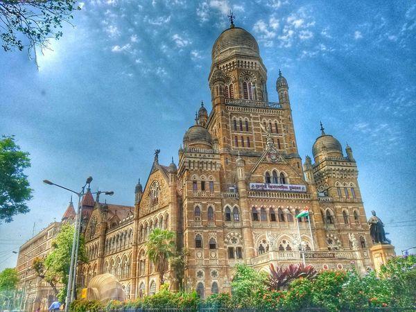 Eye4photography  Hello World Steetphotography Architecture History Mumbai India EyeEm Best Edits Journey Sojourner The Street Photographer - 2016 EyeEm Awards