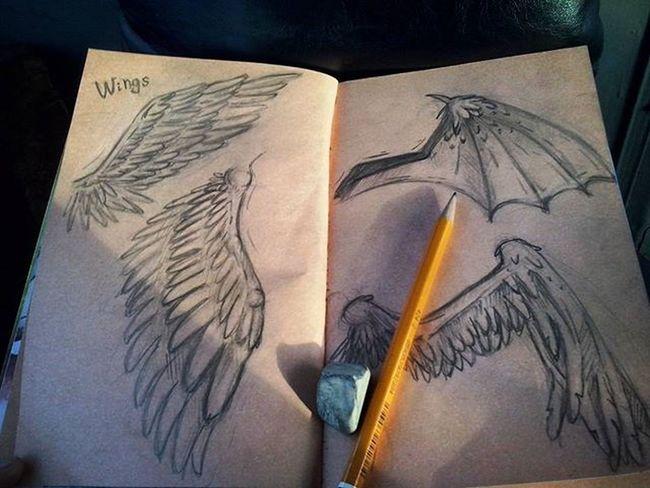 Крылья, мои почеркушки в троллейбусе ) Wings почеркушки рисую скетчбук