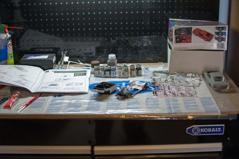 Day Desk Hobby Indoors  Mustang No People Old-fashioned Plastic Model Unfinished Work Bench