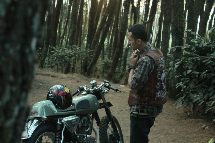 Biker Bikers Motorcycles Motorcyle Caferacer Nature Landscape at INDONESIA