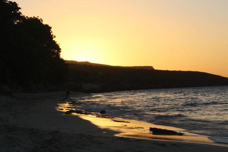 Water Sunset Sea Wave Beach Astronomy Mountain Silhouette Tree Reflection Romantic Sky