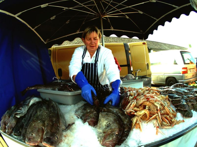 Fresh fish from local fishing boats At The Market Fish Stall Market Stall Fish Prawns On Ice Market Vendor Market Colors Umbrella Skibbereen West Cork Wildatlanticway Ireland