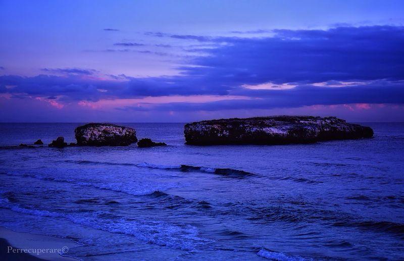 Showcase: December Menorca Winter Sky Winter WinterSea Sunset #sun #clouds #skylovers #sky #nature #beautifulinnature #naturalbeauty #photography #landscape Sunset Seascape Sea And Sky Sky And Sea