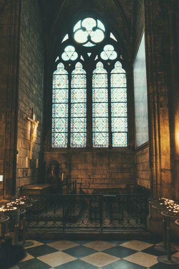 Notre Dame De Paris Hello World Hanging Out