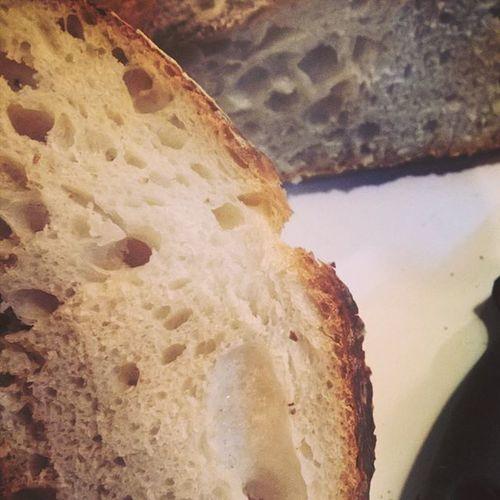 Et voici le travail de Jules. Team Levain . Sourdough Breadlovers Homemade poke @lemiammiamblog 😉
