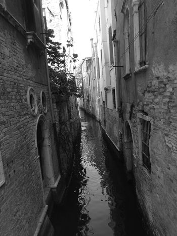 Cellphone Photography Blackandwhite Venice Italy Old Buildings Partofhistory