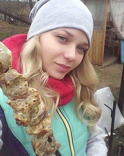 Как же классно после рабочей ночи приехать на уху и шашлычки)))ням-ням))) беларусь блондинка Природа уха шашлык весна деревня неман утро Belarus Nature Neman Morning Blonde Girl Follow Food Selfie Village