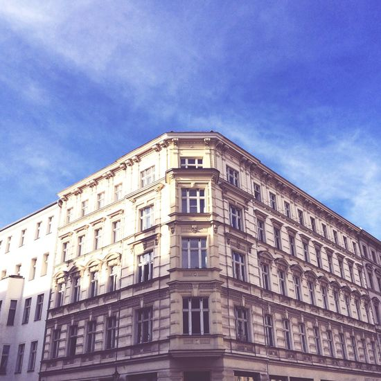 Taking a walk in Mitte/Prenzlauerberg. Berlin Building Architecture Sunshine Blue Sky Sky Apartment House Prenzlauerberg
