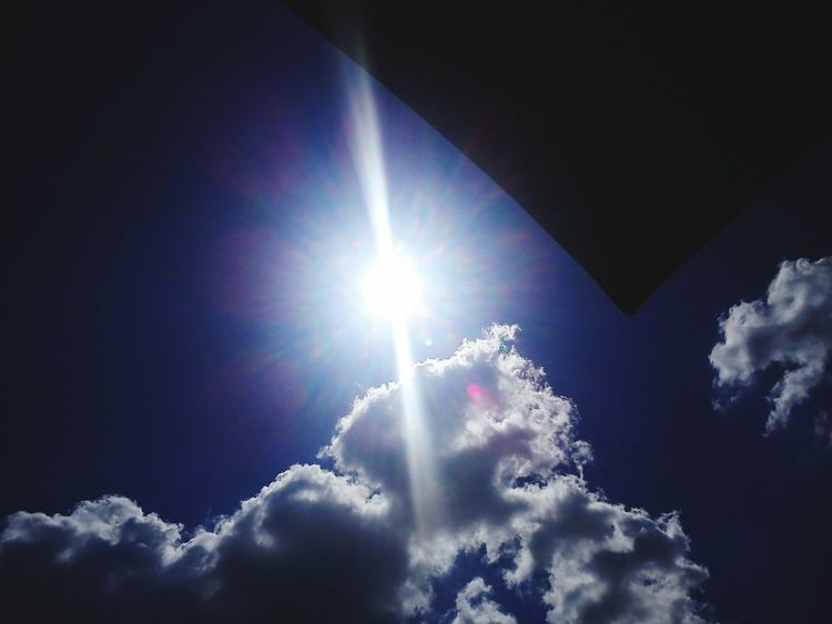 Blue Blue Sky Sky Skyporn Clouds Clouds And Sky Umbrella Sun Sunshine Summer Deep Blue Deep Blue Sky Hot Day Hot Weather Sunlight Sun Light Reflection Light Lines Sunlight Lighting Light Trails