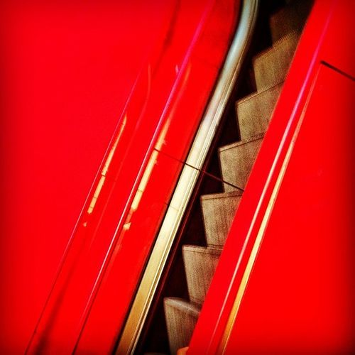 Escaleraselectricas Stairs Rojo Red instagram instamood instahub instagood iphone4s iphone iphoneonly iphonesia mextagram mexico lalojm1 2012