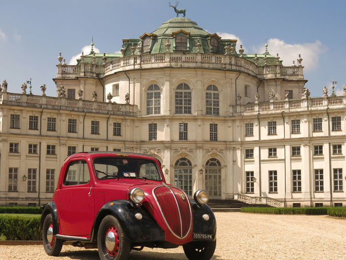 Amaranth Architecture Day Façade Fiat Land Vehicle Mode Of Transport No People Old Vehicle Old Vehicles Outdoors Parked Parking Sky Stupinigi Topolino  Travel Destinations