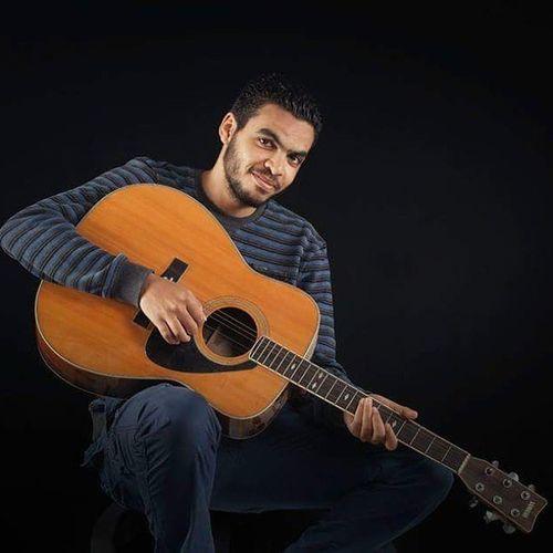 داير روحي نعزف في تملي_معاك 😉 . خلوني By @alialzrqa_555