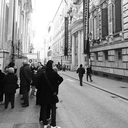 #veryitalianpeople #genova #streetphotography Streetphotography Genova Veryitalianpeople