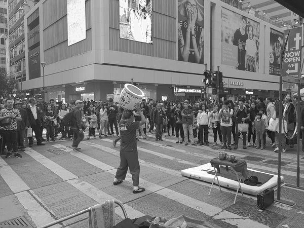 Huawei Travel Hongkongisland Hongkong Style Hongkongcity Hongkonglife Hongkongtrip HongKong Huaweimobile Travelling Huawei Leica Huawei Shots Huaweimate9 Huaweishot Charleslee Charles Relaxing Outdoors Streetview Street Streetstyle Streetpeople