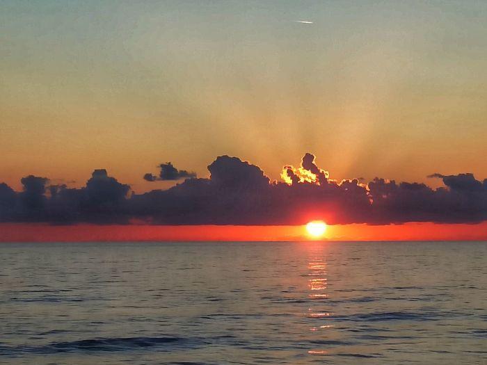 Hot Air Balloon Water Sea Sunset Multi Colored Beauty Mountain Urban Skyline Beach Bird