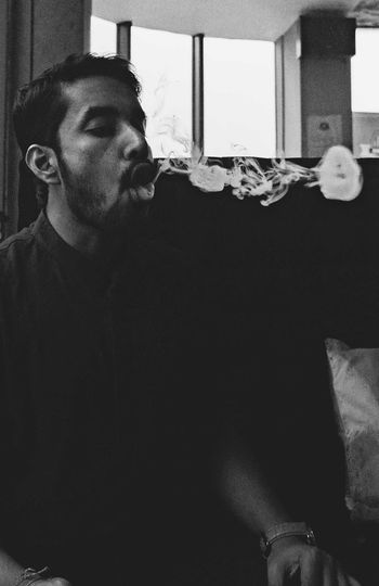 EyeEm Fag Hookah Bar Hookah Life Hookah Time  Indoors  One Person Smoking Smoking Hookah Young Adult