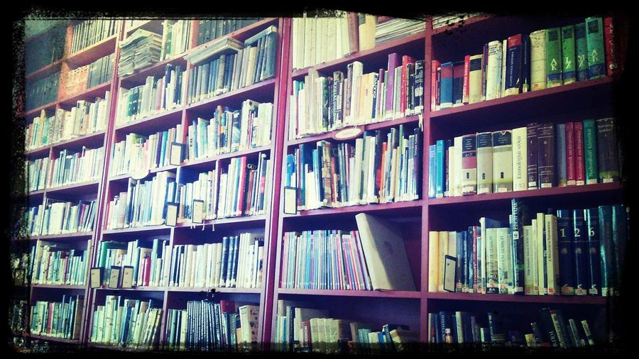 Library <.<
