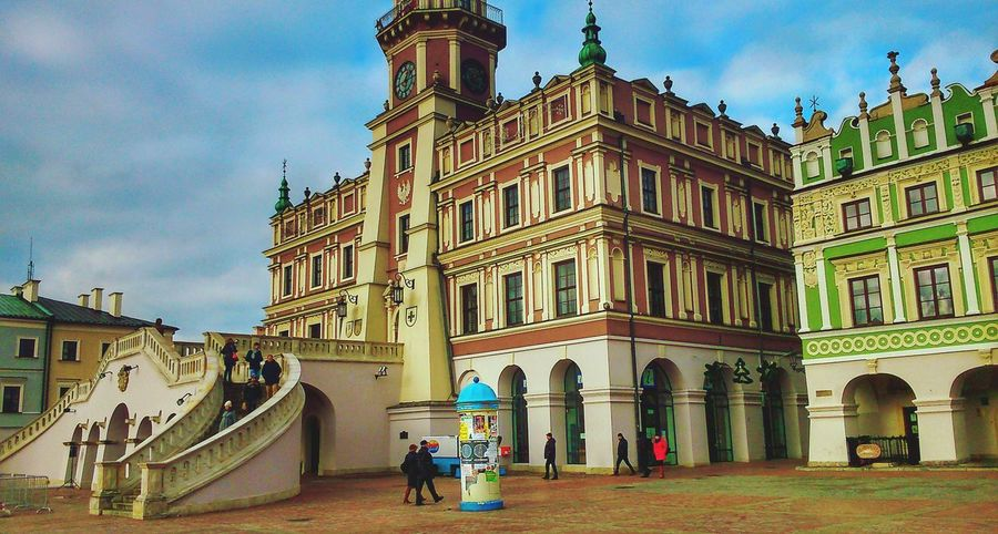 Travel City Tourism Architecture People Day EyeEm EyeemPhotos Mobilephotography Polskajestpiekna Ratusz Rynek Poland Polska Zamość Lubelszczyzna Miasto Sky