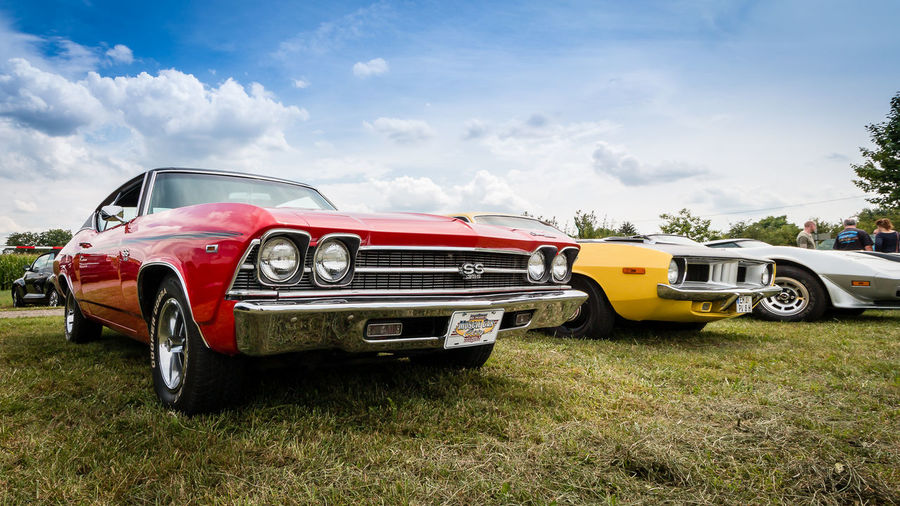Chevrolet Chevelle SS und Plymouth Cuda fotografiert auf dem Power Meet Schwanau Chevelle Chevrolet Chevelle Plymouth Car Chevrolet Cloud - Sky Cuda Day Land Vehicle No People Old Car Old-fashioned Oldtimer Outdoors Sky Transportation Vintage Vintage Cars