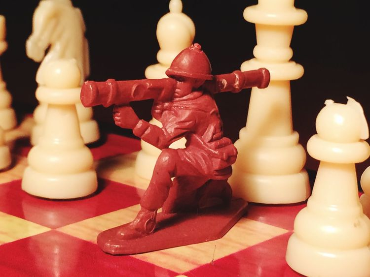 Close-up Chess Piece Chess Indoors  Chess Board No People King Queen War Soldiers Table Game Black & White Games Strategy Game Large Group Of Objects Strategic