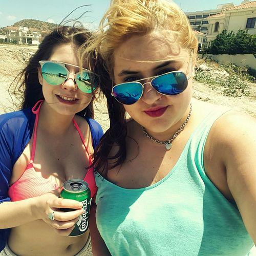 Polishgirls Holiday Good Day Beach Happy Girls Chilling