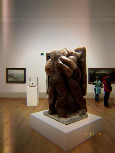 Lomdon Art Scupture Statue Modern Modern Art Tate Britain Arts Culture And Entertainment Photography #ARCHIlista Architecture EyeEm Selects Indoors  Full Length People Adult One Man Only One Person Adults Only
