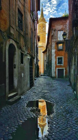 Roma Vicolo Della Pace Vicoli Reflections Streetphotography Photography by Danieledonofrio