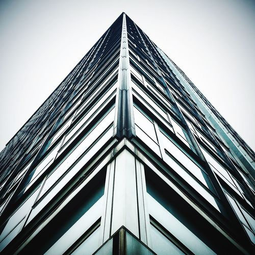 Architecture_collection Architectural Feature Minimalist Architecture Geometric Shape Modern Architecture Minimalism Architecture Low Angle View Built Structure Building Exterior Skyscraper Modern Window The Graphic City Colour Your Horizn My Best Photo