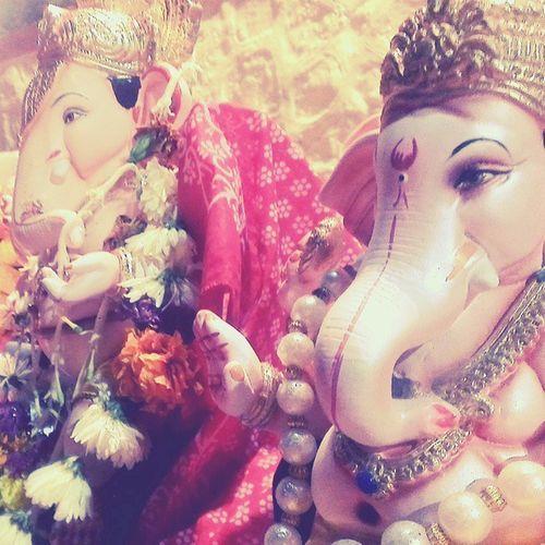 "Ganpathi Visarjan Sevendays Puneinstagrammers ""ganpati gele gavala chain padena amhala"""