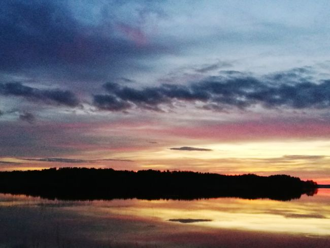 Beauty In Nature Silhouette Tree Landscape Scenics Tranquility Water No People Dramatic Sky Nature Outdoors Lake Multi Colored Horizon Over Water Dawn Sunset Reflection Cloud - Sky Day Sky Finland Savonlinna Finland Punkaharju Finlande Finland Savonlinna Savonlinna Savonlinna Opera Festival