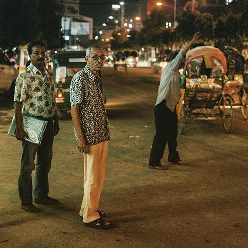 Night street... Streetphotography Urbanlivingfs Dhakastreet People