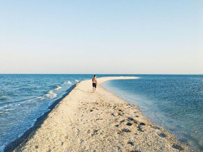 Sea Water Beach Land Horizon Over Water Sky Horizon Beauty In Nature Nature Scenics - Nature Day Leisure Activity
