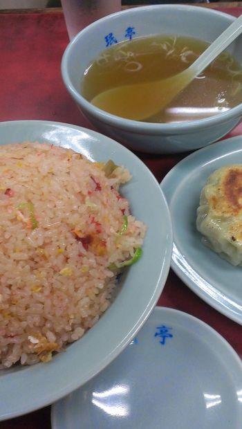 Shimokitazawa Chinese Food Gyoza Food Porn 愛する【珉亭】の炒飯+餃子!炒飯赤い(笑)!