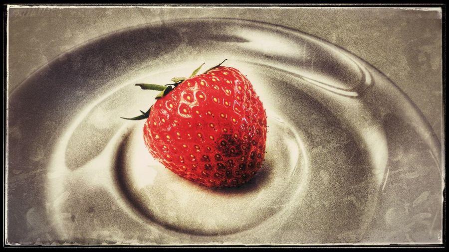 mit einem Haps war die im Mund Strawberrylove Fruitporn Yumm Yumm