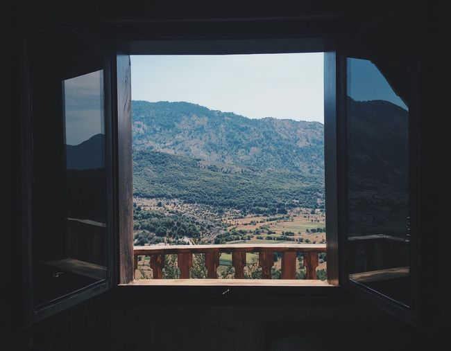 Razem Mountainlover Mountain Window_view