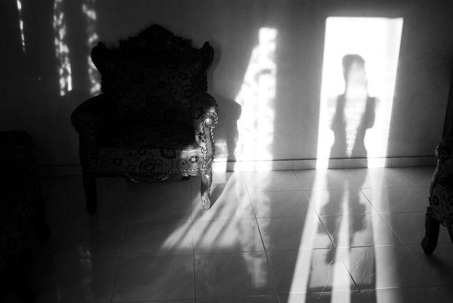 Play of light Black And White Blackandwhite Blackandwhite Photography Corridor Domestic Room Flooring Illuminated Leisure Activity Lifestyles Play Of Light Play Of Light And Shadow Shadow Shadow And Light Shadow-art Shadows Shadows & Lights Tile