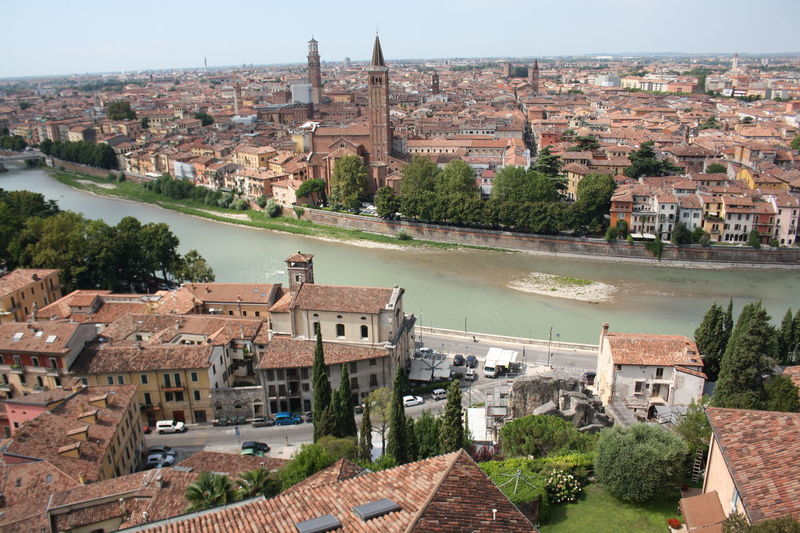 Architecture WOW River Water Beautiful City Historical Building Sky Italy City Lights Day Outdoors History Verona Old Buildings No People Historic Building EyeEm Gallery EyeEm Best Shots Built Structure Building Exterior Travel Destinations EyeEmNewHere Italian_city EyeEm