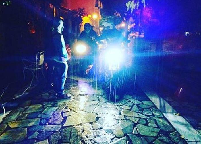 Πέντε παπάκια παπάκια μικρά και τα σχετικά. Blepapagaloss Home μεταξουργείο βροχηκαισημερα ωςπαπακιαεπιβαλλεταινασελφαρουμεμεduckfaceκαποιαστιγμησημερα Lights Friendsforalife Friendsarevaluable οχιστισμηχανεσδενειναιμπατσοι μηνσκιαζεστε πετροαγοριμουηρεμησελιγο αγαπατεψυχαρεσ ονλιλοβ VSCO Vscocam Vscolove Vscoathens Vscogreece Vscorain Vscoaddict Instagreece Instaathens Instalove Instarain Instamood instalifo instaaddict