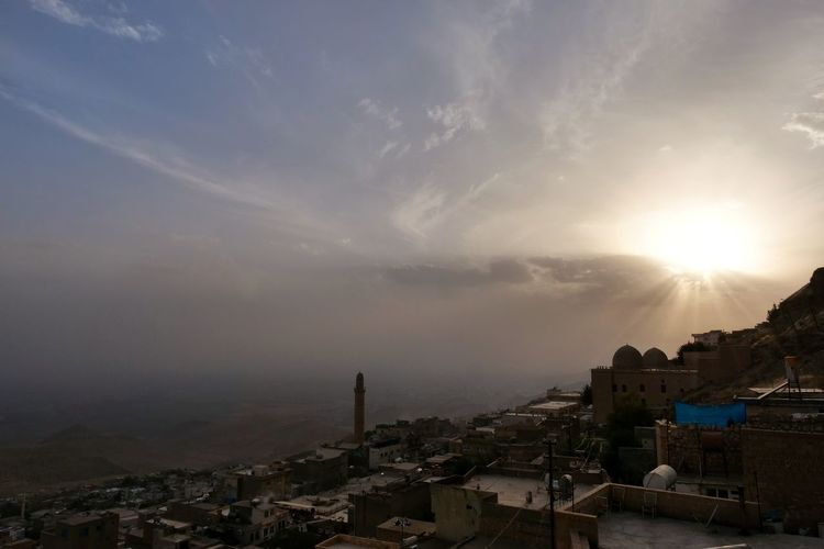 Mosque Palace Mardin Turkey City Cityscape Sunset Mountain Sky Architecture Cloud - Sky Building Exterior TOWNSCAPE Urban Skyline Rooftop Human Connection Capture Tomorrow