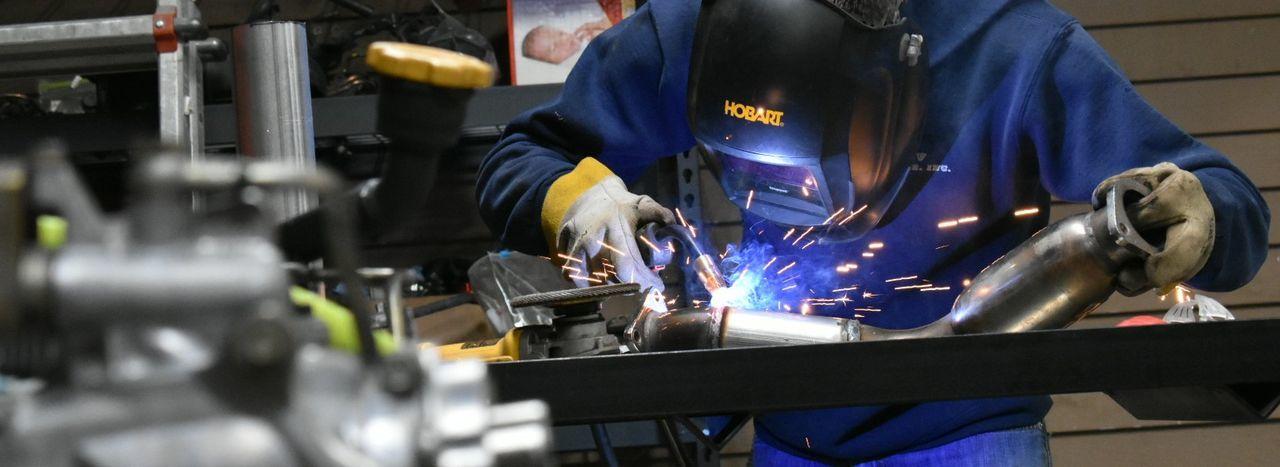 Love Bestfriend Welding Mechanic Cars Welding Mask Michigan, USA Weld Garage Welding Helmet Fabrication Welding Sparks Welding Work Weldporn Mechanical Automotive Welder Engineering Shop Fabricator Engineer Metal Hobart