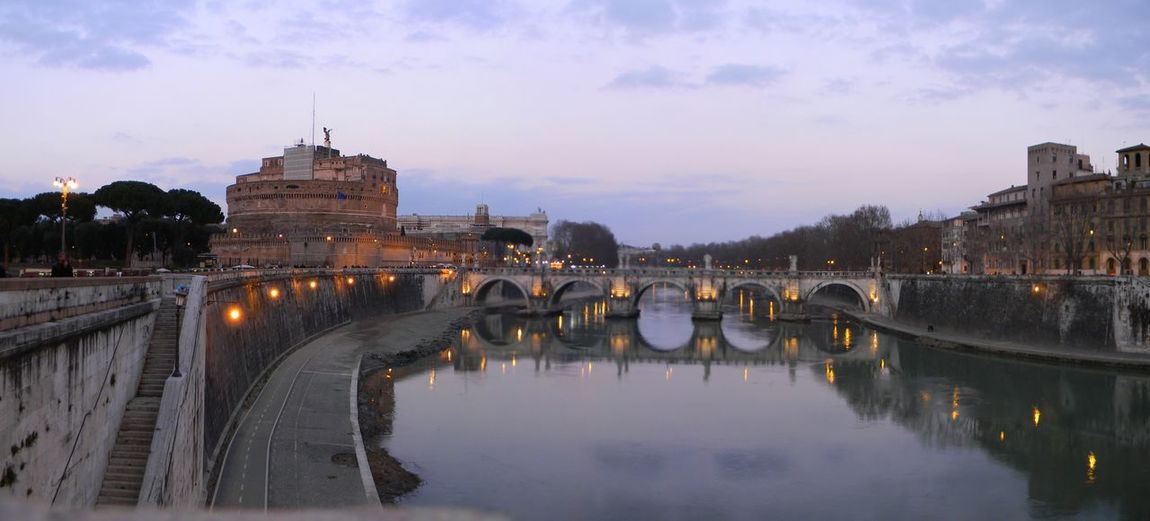 Castillo de Sant'Angelo Castello Castillo De Sant'Angelo Castle HDR Historic Historical Building Monument Night River Tevere Tevere River