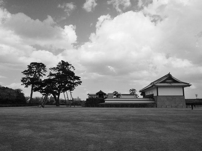 Architecture Building Exterior Built Structure Day Landscape Outdoors Sky Tree モノクローム 城 金沢 金沢城 金沢市