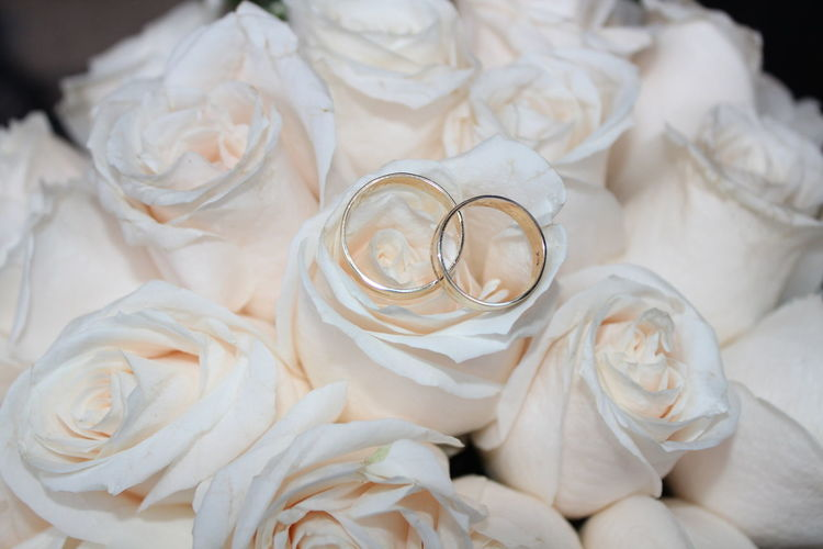 Gold EyeEm Selects Bride Wedding Dress Married Wedding Beauty Ceremony Gold Colored Celebration Wedding Ceremony Ring Wedding Ring Jewelry Box Finger Ring Jewelry Wedding Vows