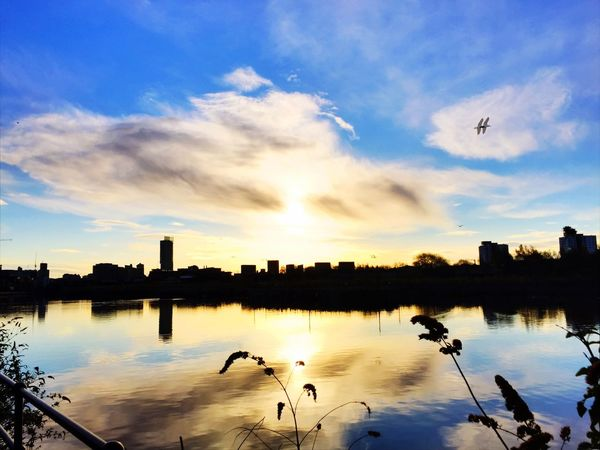 Manchester Canal Morning Sky Morning Light