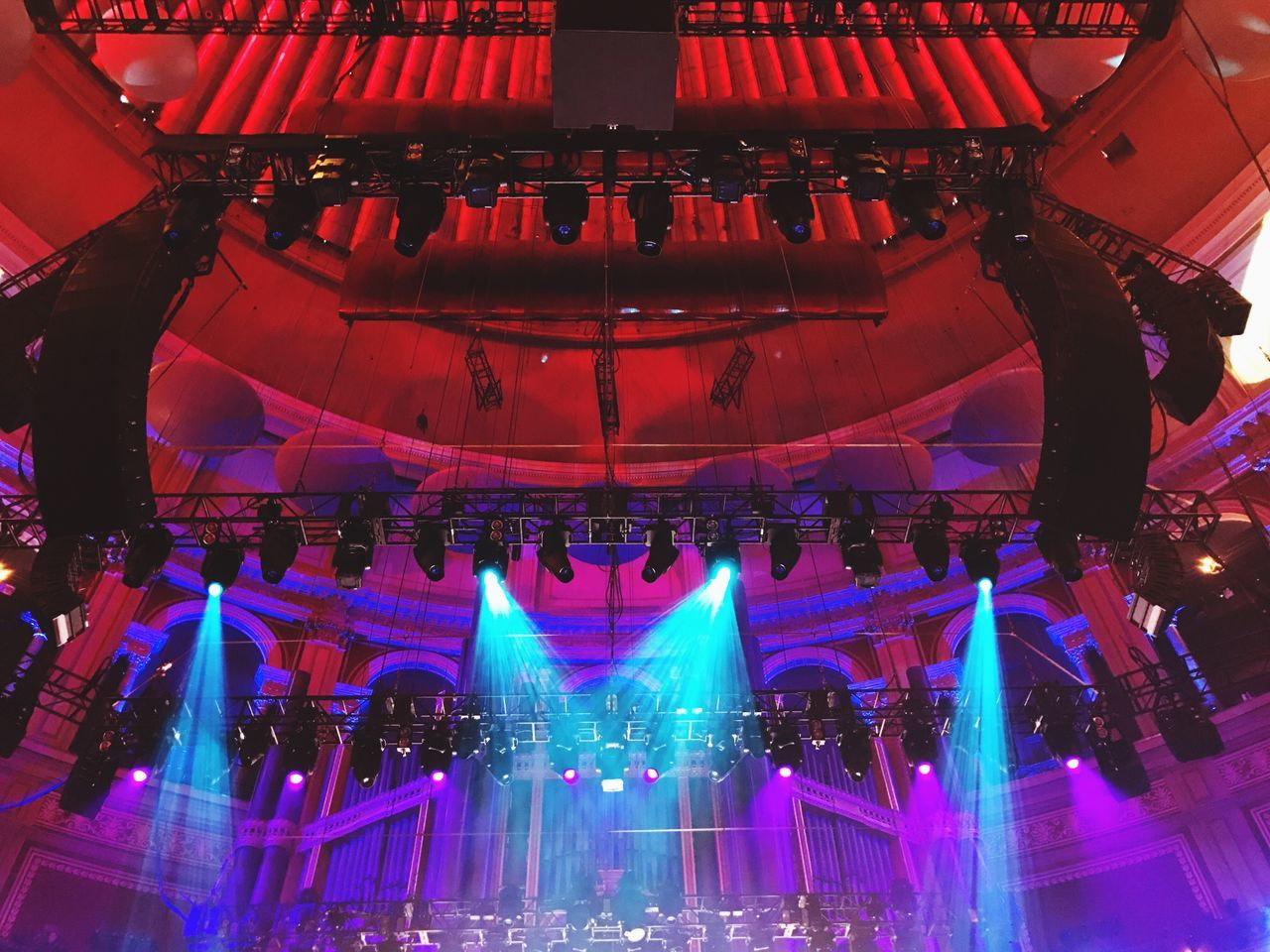 illuminated, large group of people, indoors, stage light, performance, music, arts culture and entertainment, stage - performance space, crowd, technology, audience, day, people